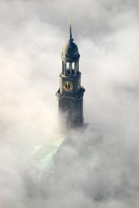 4415 / St. Michaelis im Nebel