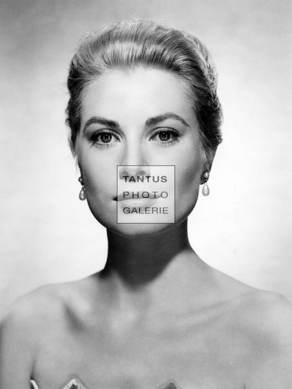 gracekelly_Portrait_low